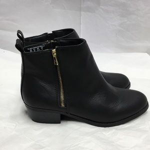 SM New New York Black Booties